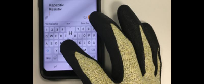 Handschuhe für den Umgang mit Touchscreen-Displays
